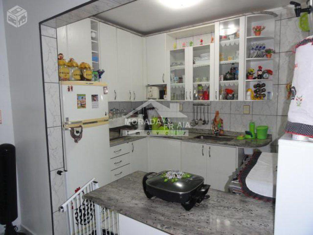 Cozinha ângulo 02 do apartamento com 2 dormitórios em Vila Guilhermina - Praia Grande