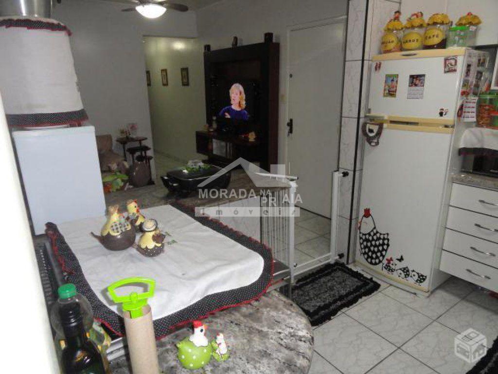 Cozinha ângulo 03 do apartamento com 2 dormitórios em Vila Guilhermina - Praia Grande