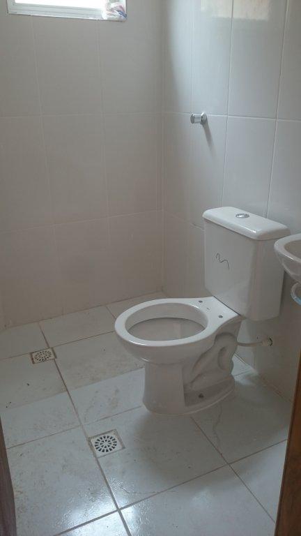 WC suíte do condomínio fechado com 2 dormitórios em Canto do Forte - Praia Grande
