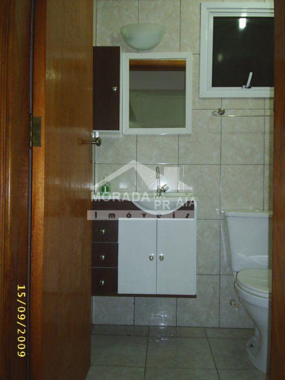 wc social do apartamento com 1 dormitórios em Cidade Ocian - Praia Grande