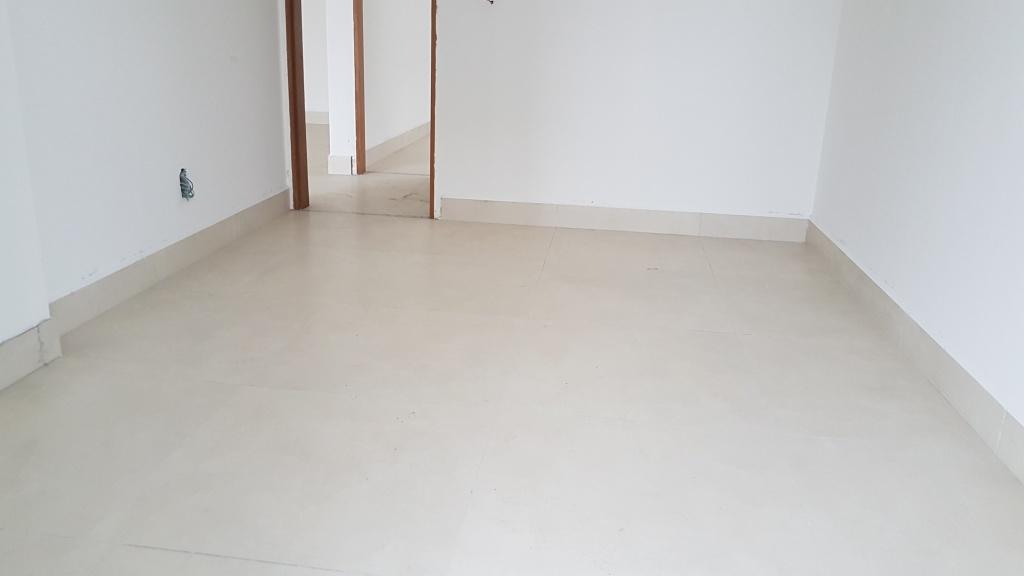 Suíte 01 ang 02 do apartamento com 2 dormitórios em Canto do Forte - Praia Grande