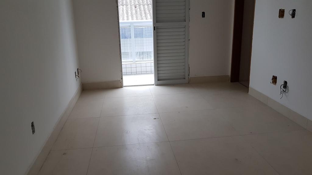 Suíte 02 ang 02 do apartamento com 2 dormitórios em Canto do Forte - Praia Grande