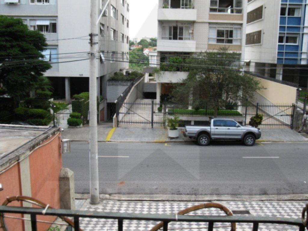 casa-venda-sao-paulo-higienopolis-3dormitorios-1suite-9vagas-230m2-Foto1