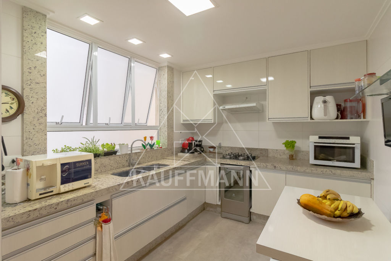 apartamento-venda-sao-paulo-higienopolis-baronesa-de-itu-3dormitorios-2suites-1vaga-195m2-Foto5