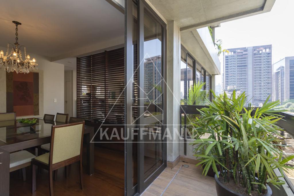 apartamento-venda-sao-paulo-itaim-bibi-chagall-3dormitorios-3suites-3vagas-230m2-Foto16