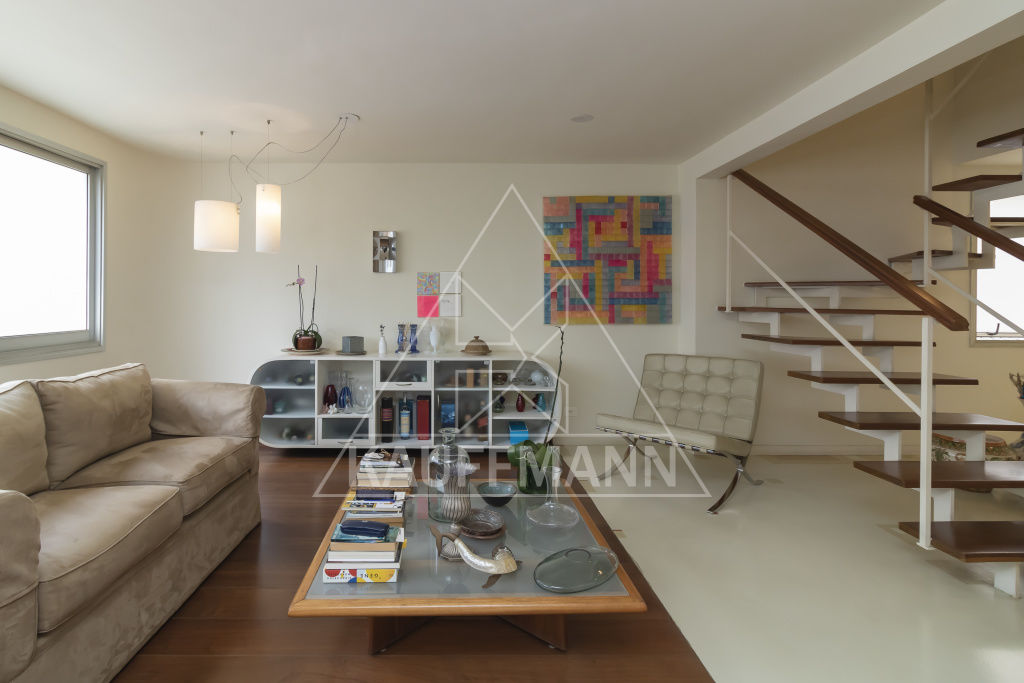 cobertura-duplex-venda-sao-paulo-itaim-bibi-geny-chen-3dormitorios-1suite-2vagas-380m2-Foto3