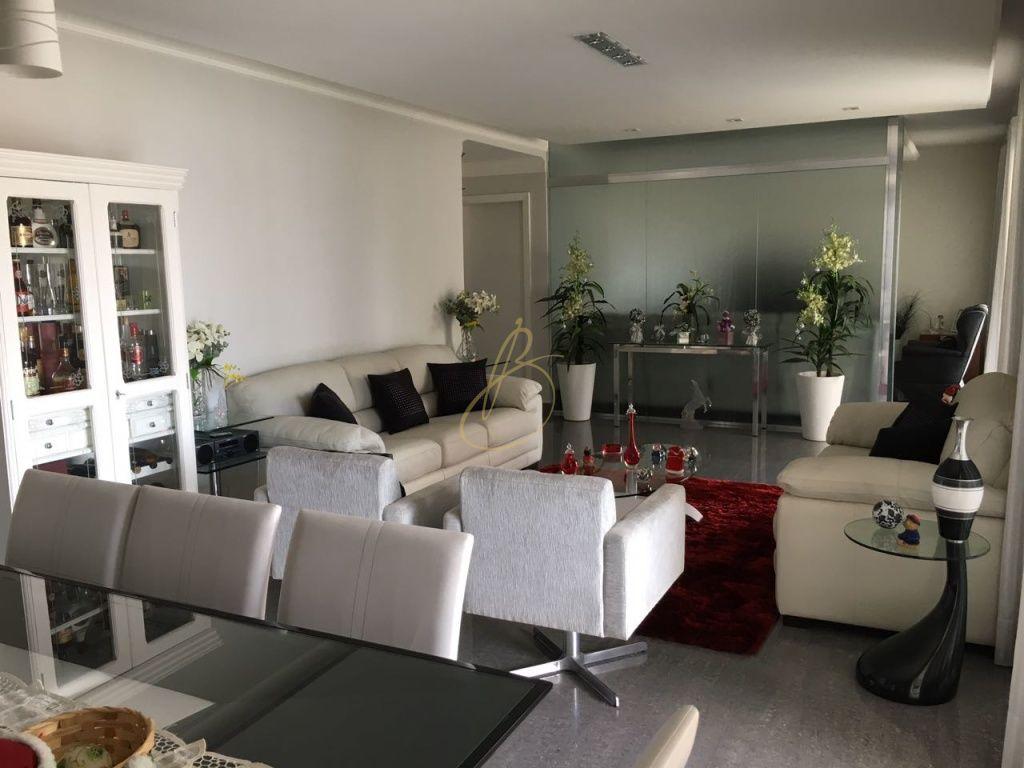 Apartamento para Venda - Parque Colonial