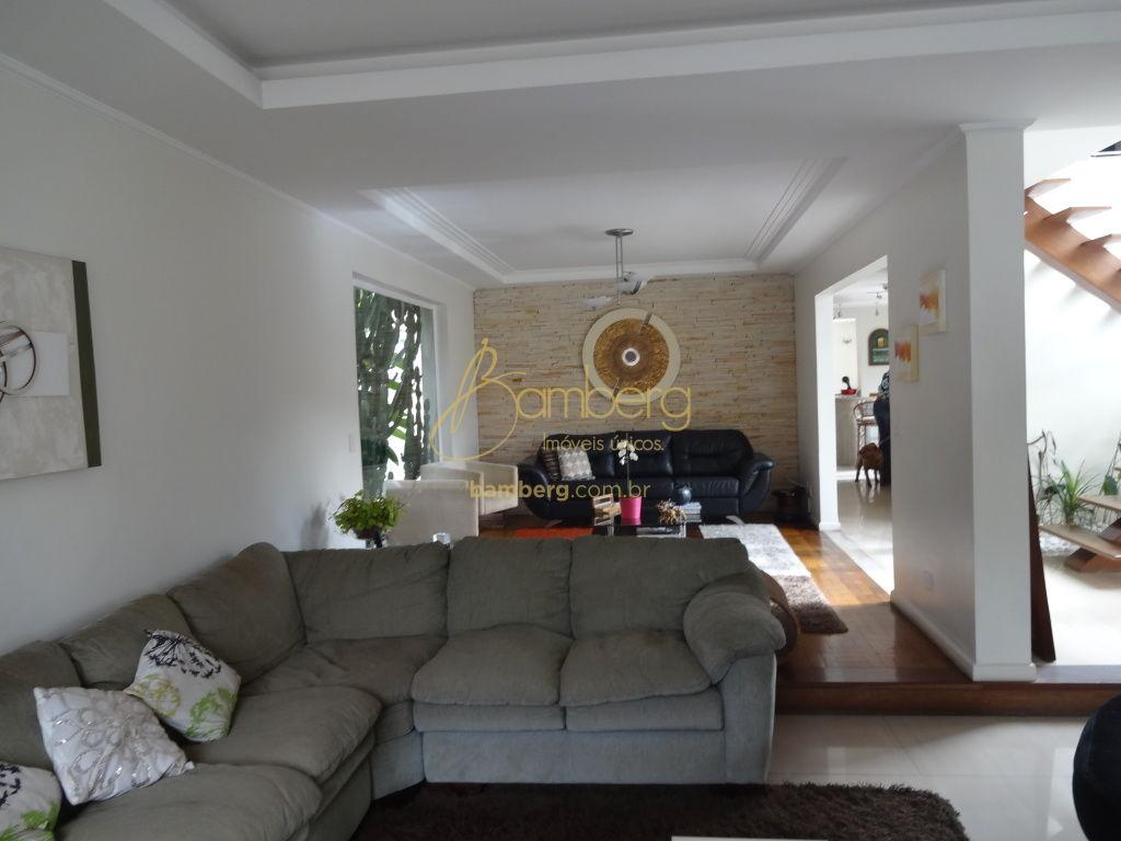 Casa em Condomínio para Venda - Granja Julieta
