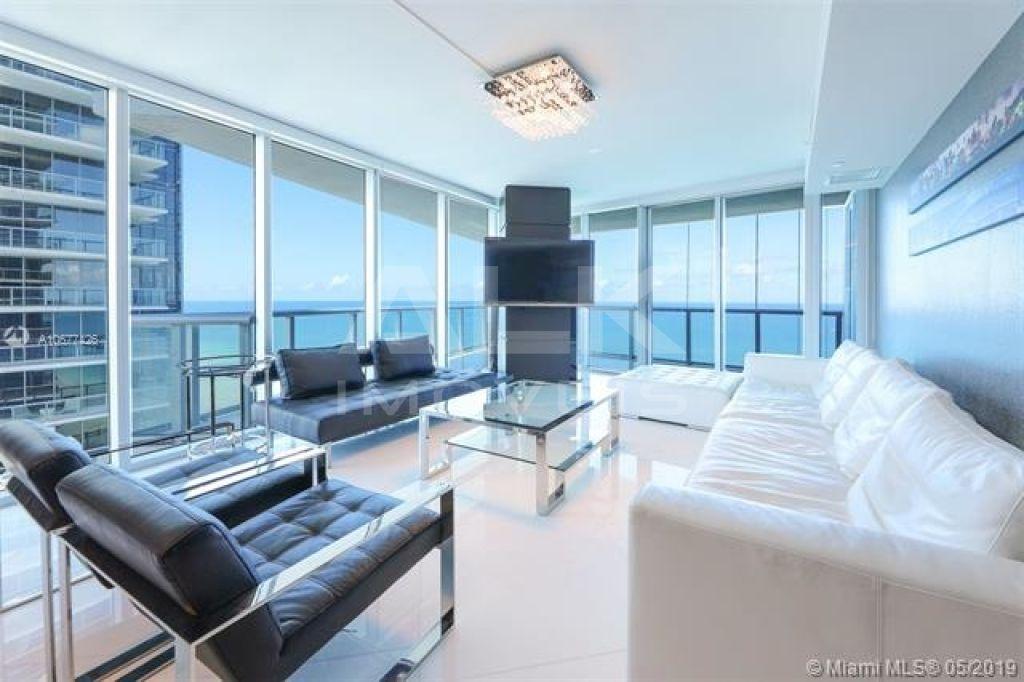 Apartamento para Venda - Sunny Isles