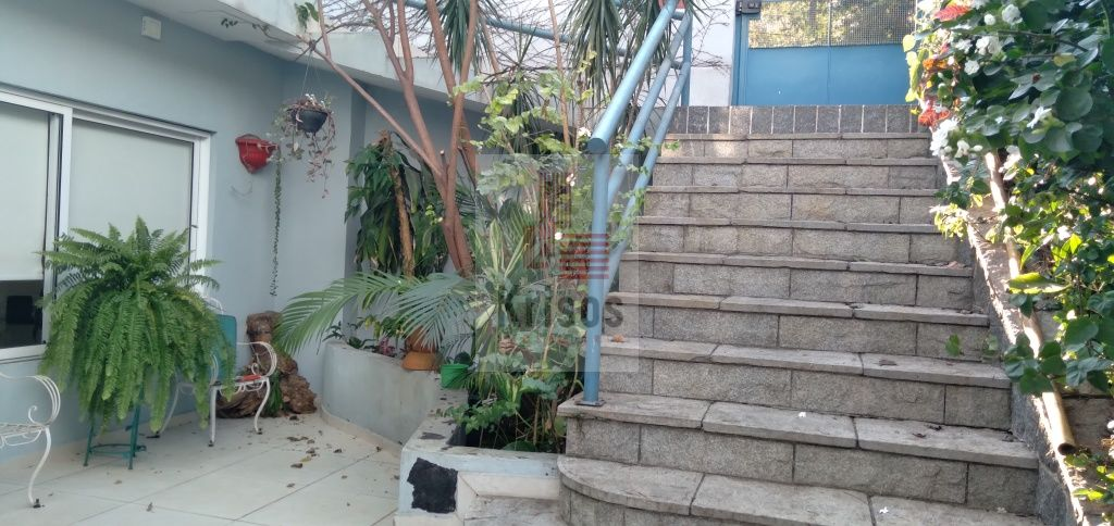 Casa Térrea para Venda - Instituto De Previdência