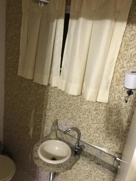 Sobrado Vila Medeiros - 3 Dormitório(s) - São Paulo - SP - REF. KA10008
