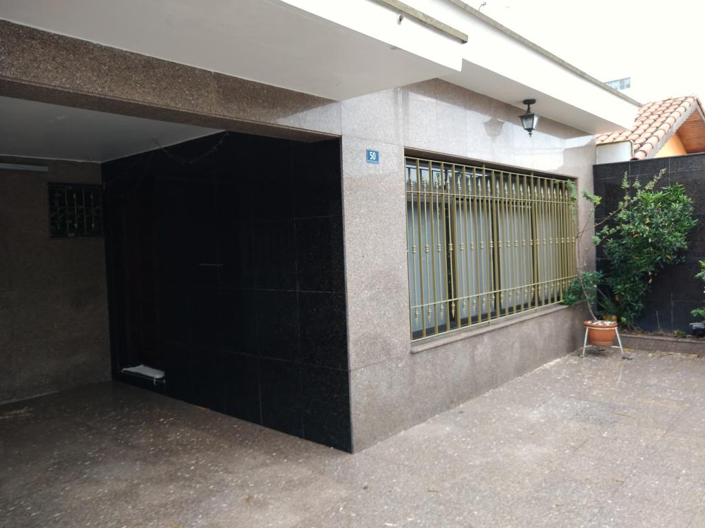 Alugar - Casa  - Jardim Bom Clima - 3 dormitórios.