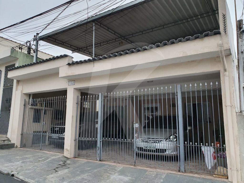 Comprar - Casa  - Vila Gustavo - 4 dormitórios.