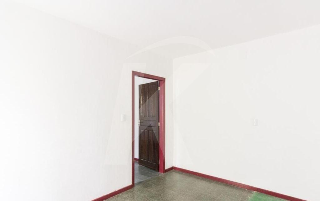 Alugar - Casa  - Parque Peruche - 1 dormitórios.
