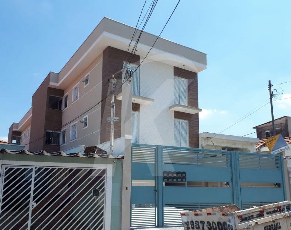 Comprar - Condomínio - Água Fria - 3 dormitórios.