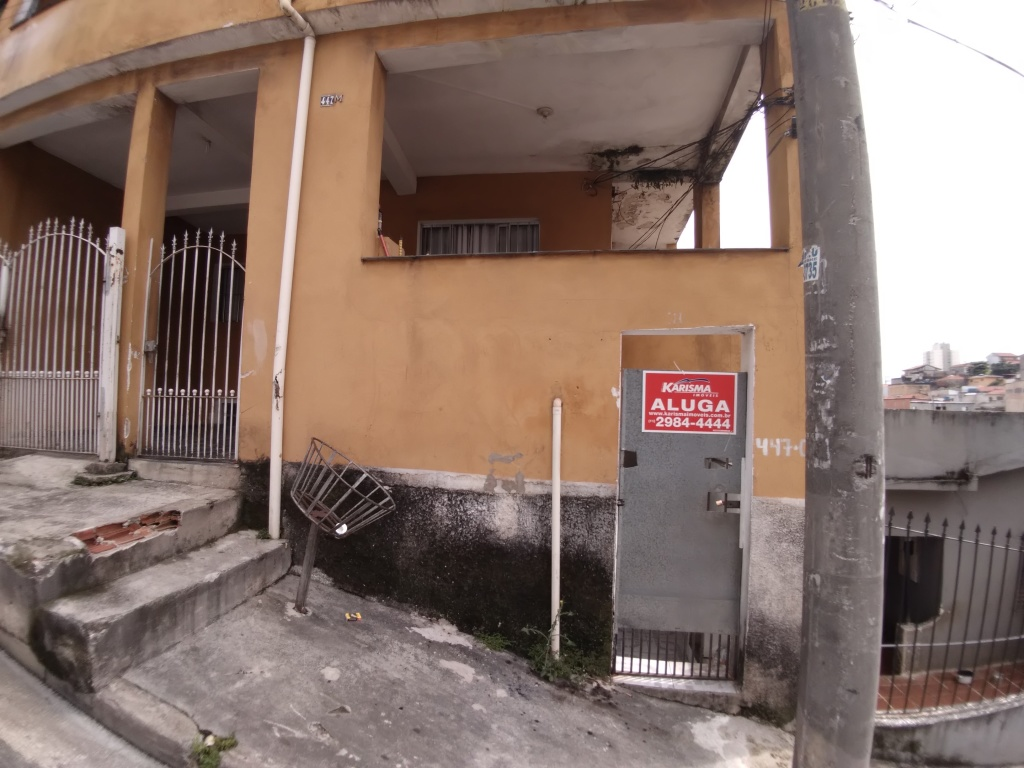 Alugar - Casa  - Vila Ede - 2 dormitórios.