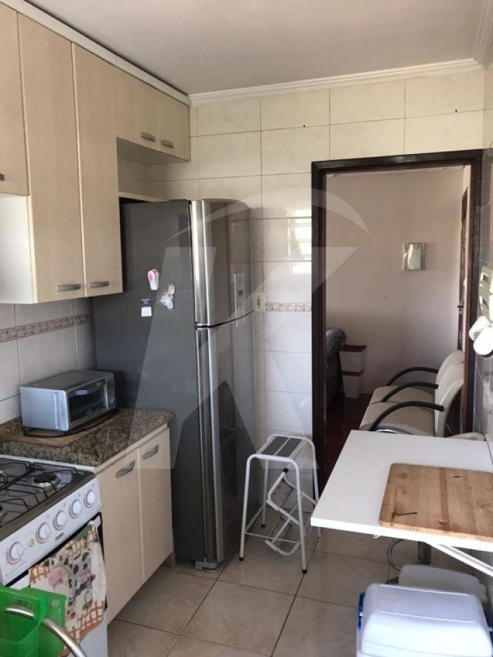 Comprar - Apartamento - Jardim Dourado - 2 dormitórios.