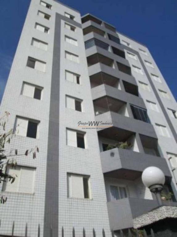 Alugar - Apartamento - Vila Leonor - 3 dormitórios.