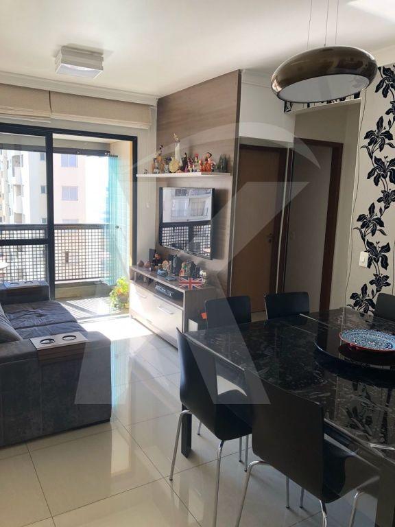 Comprar - Apartamento - Santa Teresinha - 2 dormitórios.