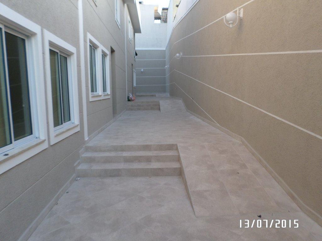 Alugar - Condomínio - Vila Gustavo - 3 dormitórios.