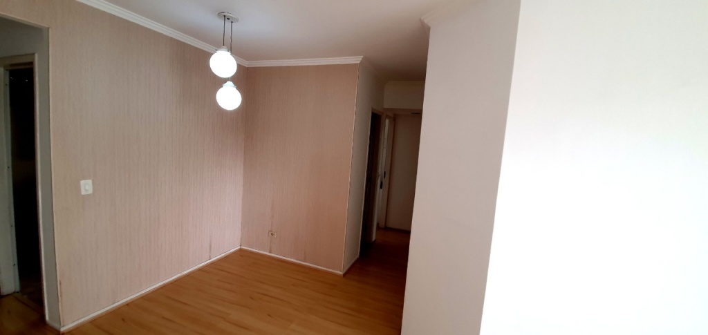 Alugar - Apartamento - Santa Teresinha - 3 dormitórios.