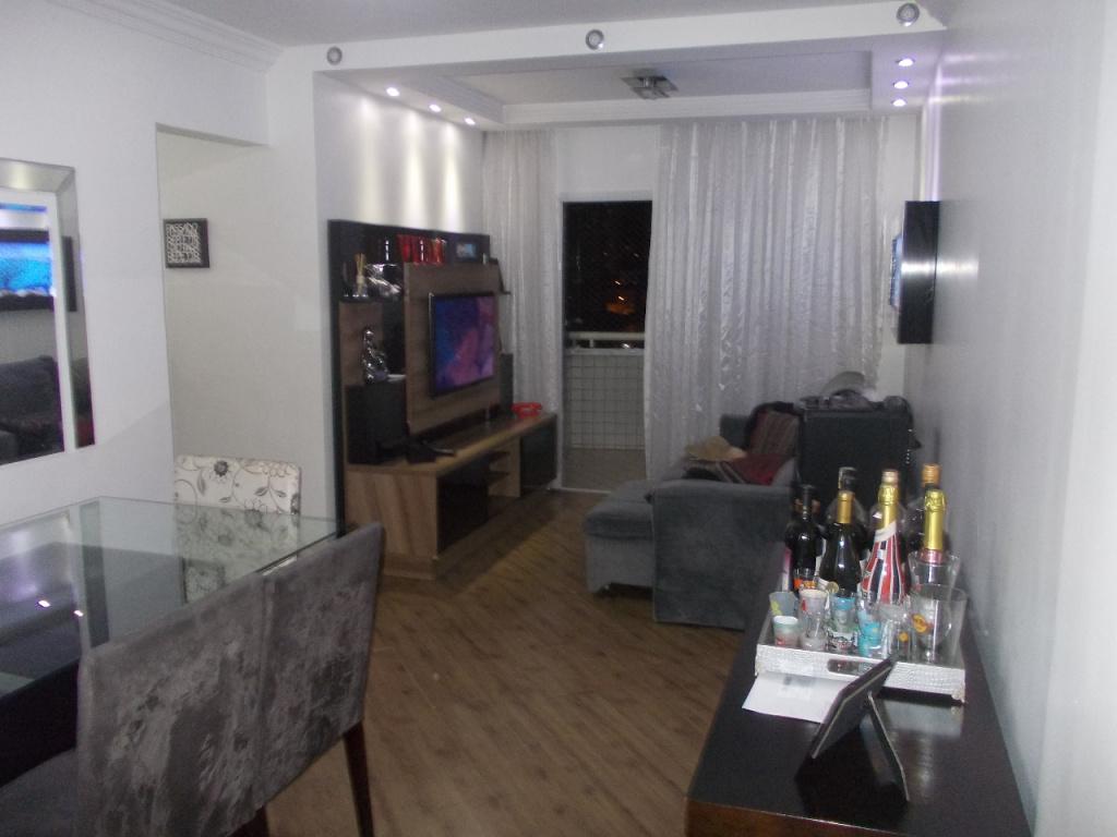 Comprar - Apartamento - Vila Isolina Mazzei - 3 dormitórios.
