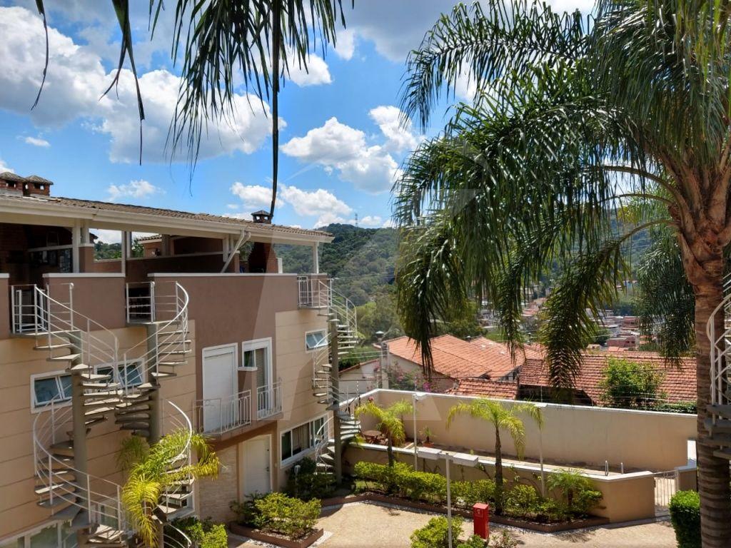 Comprar - Condomínio - Vila Irmãos Arnoni - 3 dormitórios.