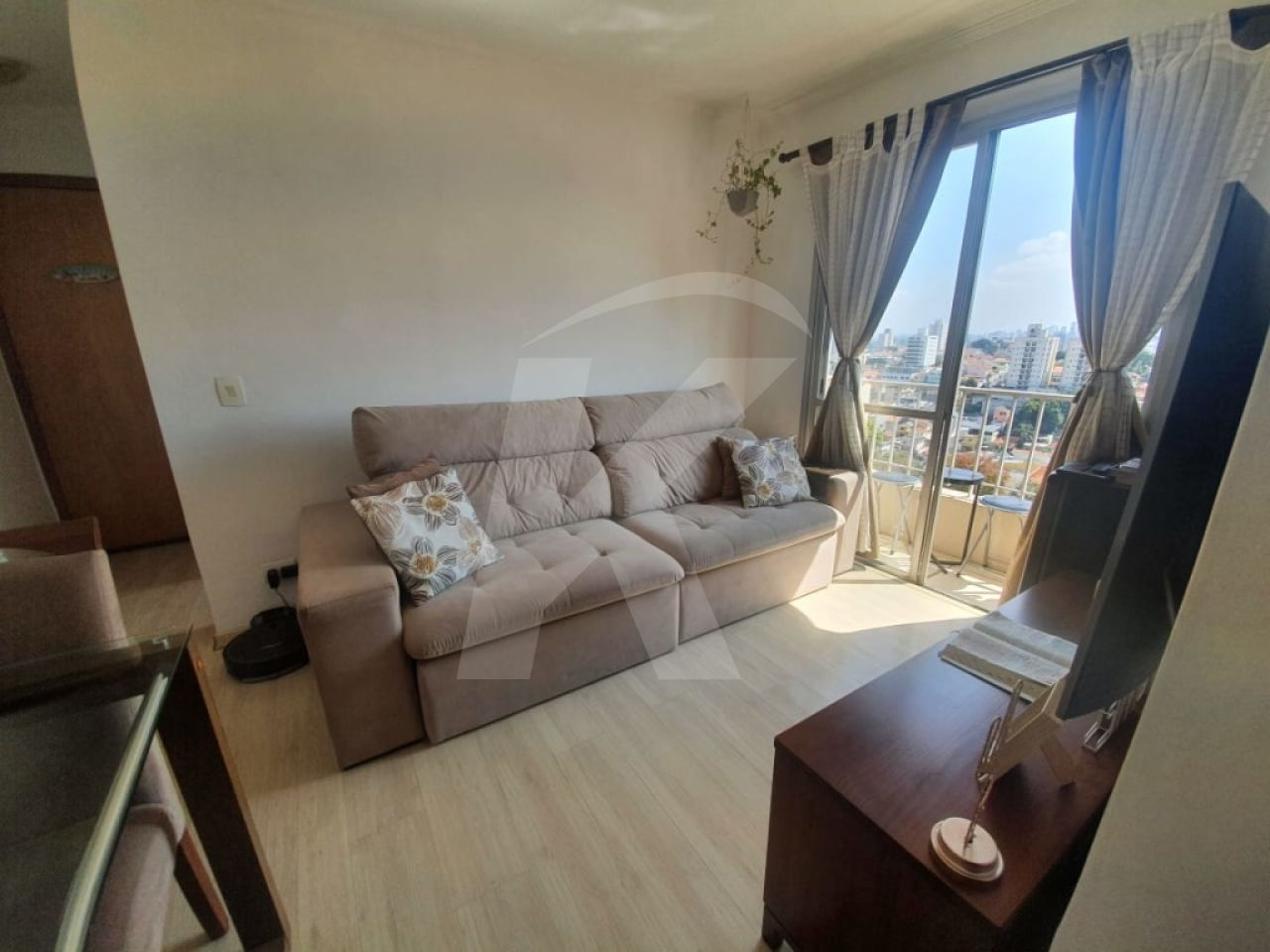 Comprar - Apartamento - Vila Paiva - 1 dormitórios.