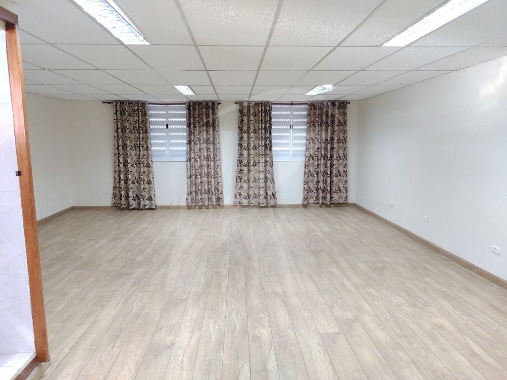 Alugar - Casa  - Vila Medeiros - 3 dormitórios.