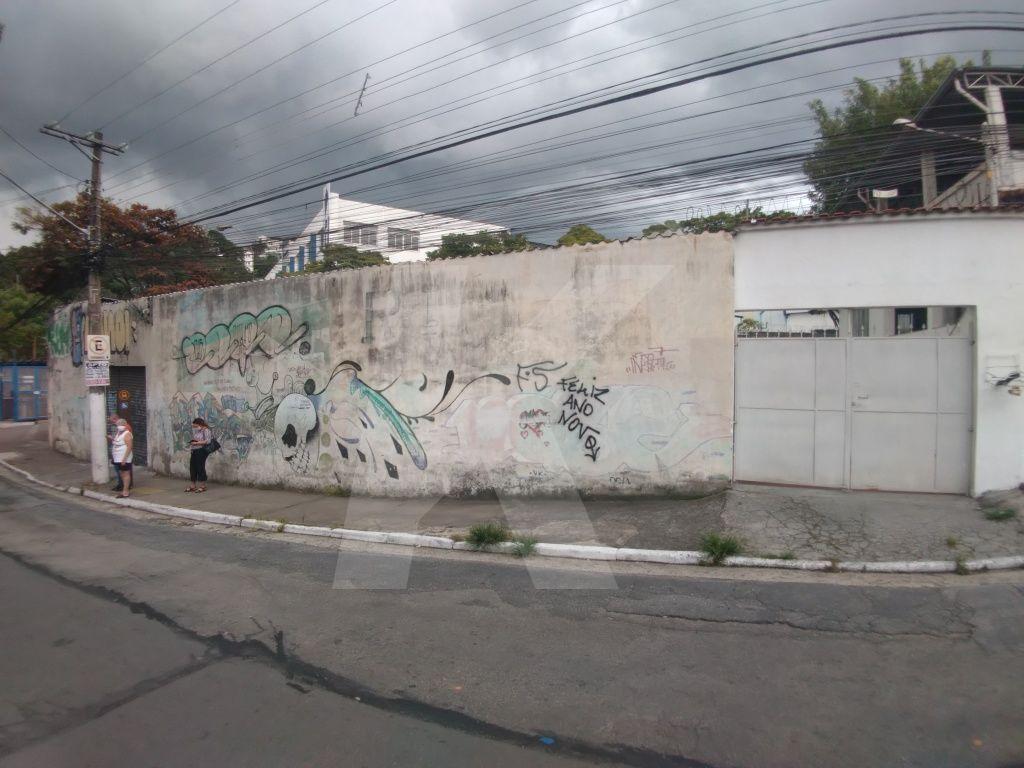 Alugar - Salão Comercial - Vila Albertina - 0 dormitórios.