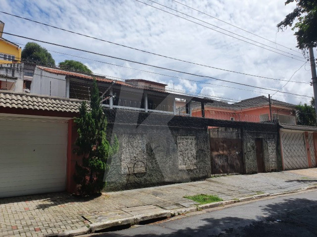 Comprar - Casa  - Jardim Guapira - 3 dormitórios.
