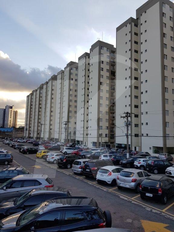 Comprar - Apartamento - Vila Dionisia - 2 dormitórios.