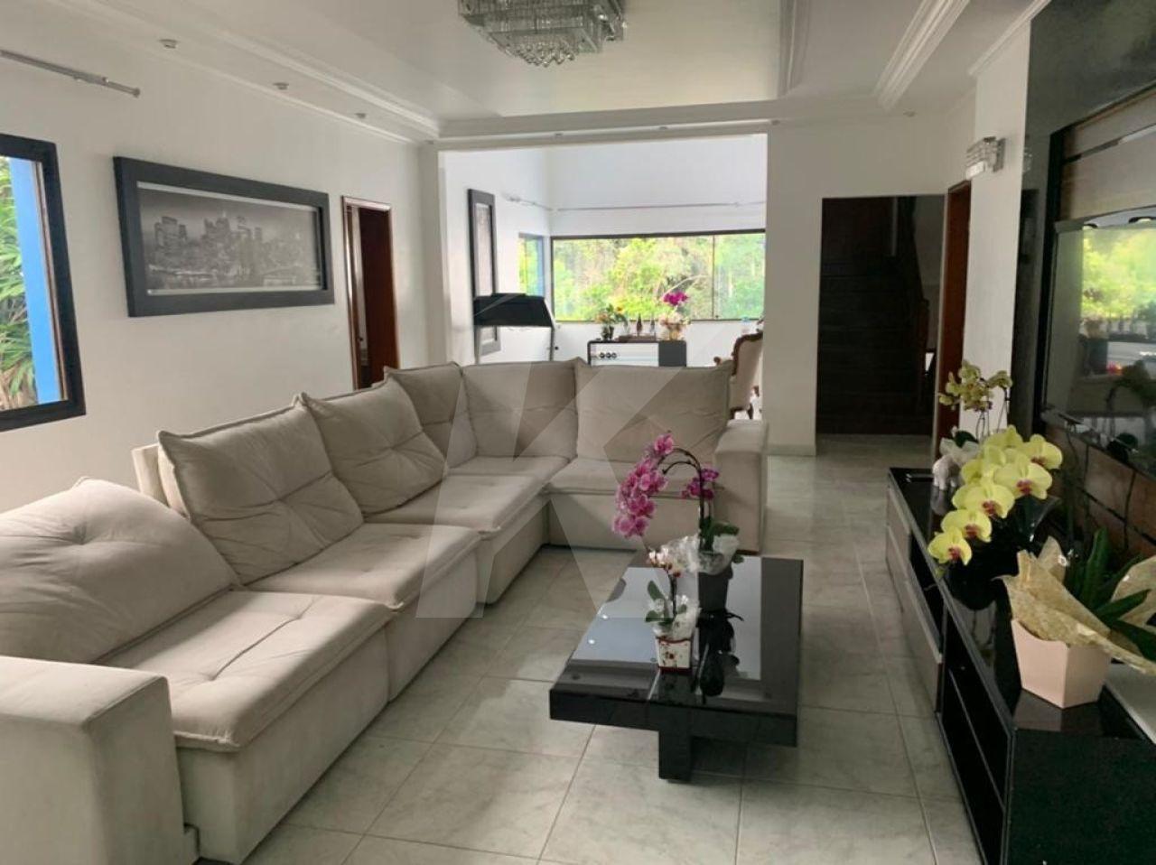 Comprar - Sobrado - Barro Branco (Zona Norte) - 5 dormitórios.
