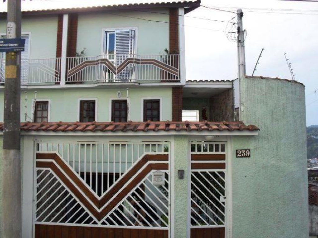Comprar - Sobrado - Tremembé - 3 dormitórios.
