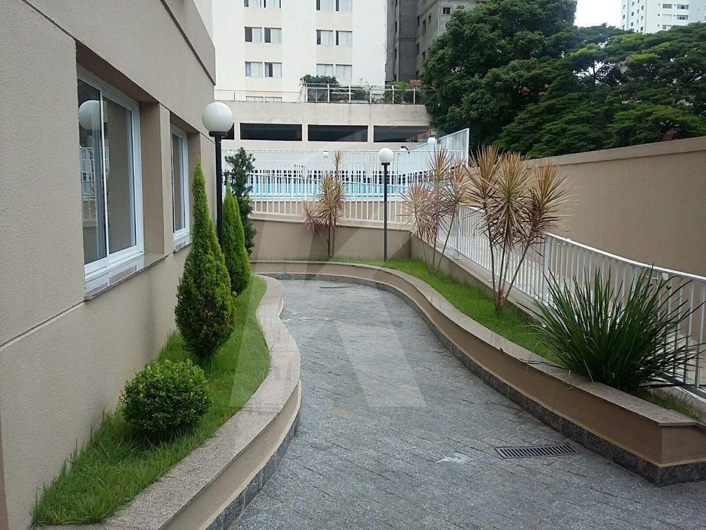 Comprar - Apartamento - Água Fria - 3 dormitórios.