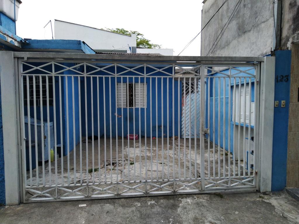 Alugar - Casa  - Vila Constança - 3 dormitórios.