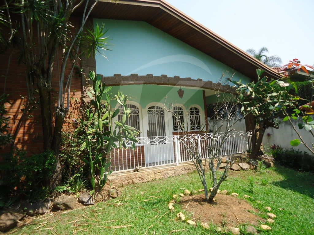 Comprar - Casa  - Tremembé - 4 dormitórios.