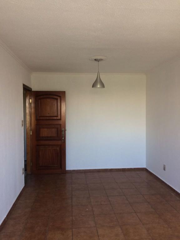 Comprar - Apartamento - Água Fria - 2 dormitórios.