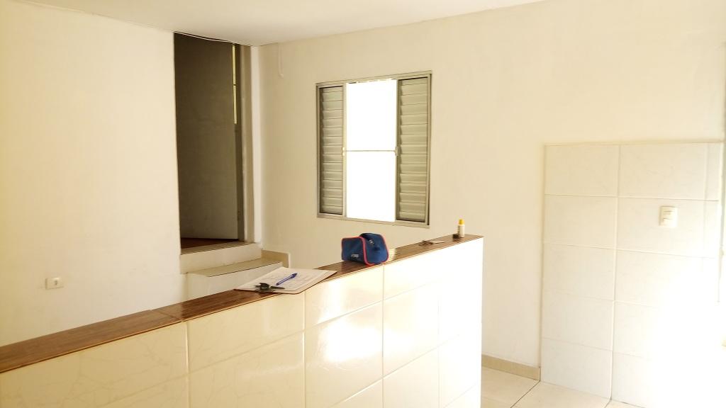 Alugar - Casa  - Vila Aurora (Zona Norte) - 1 dormitórios.