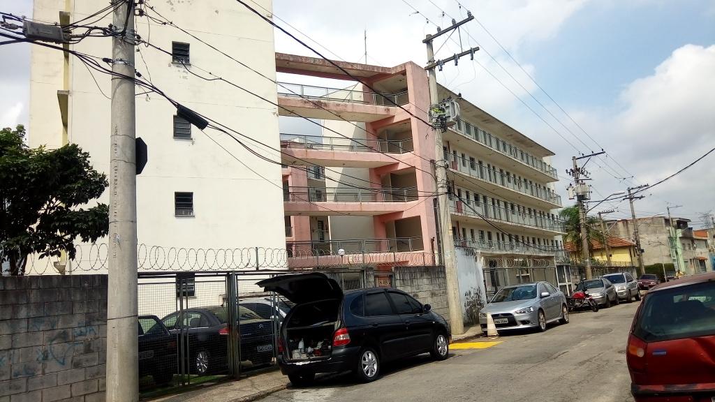 Alugar - Apartamento - Chácara São João - 2 dormitórios.