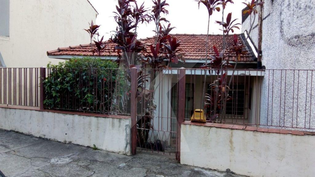 Comprar - Casa  - Vila Gustavo - 2 dormitórios.