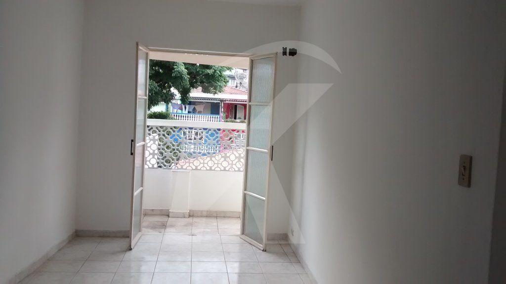 Comprar - Casa  - Parada Inglesa - 2 dormitórios.