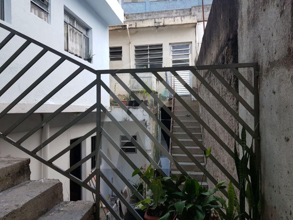 Comprar - Casa  - Vila Romero - 2 dormitórios.