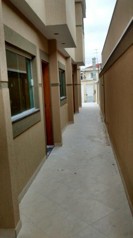 Comprar - Condomínio - Ponte Rasa - 2 dormitórios.