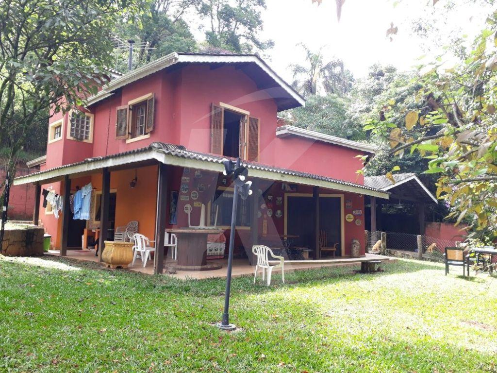 Comprar - Sobrado - Parque Petrópolis - 3 dormitórios.