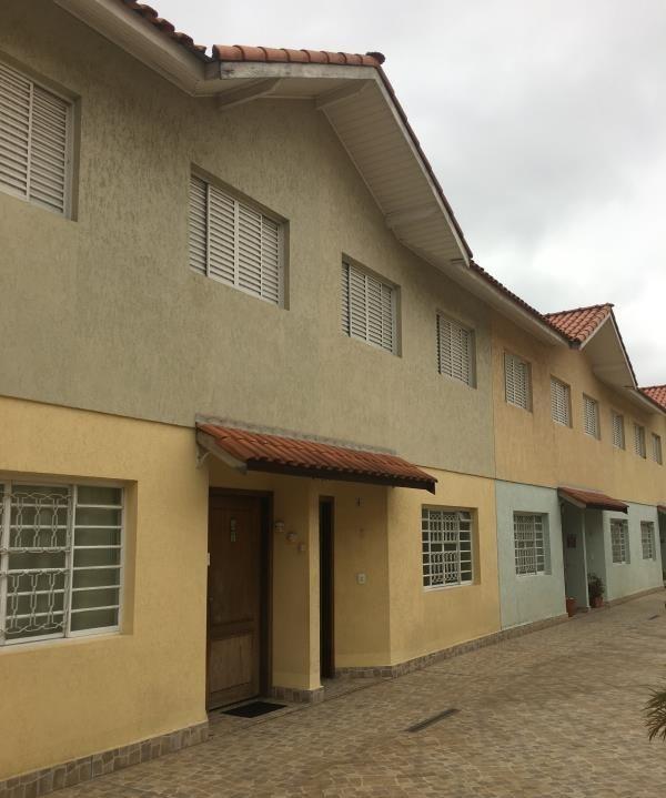 Comprar - Condomínio - Vila Bandeirantes - 3 dormitórios.