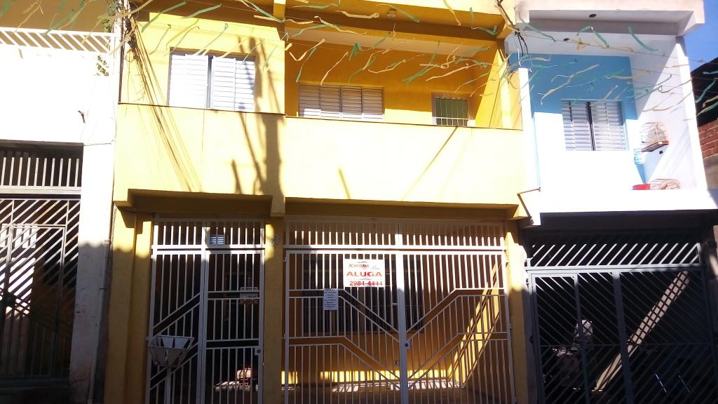 Alugar - Casa  - Jardim Campo Limpo (Zona Norte) - 2 dormitórios.