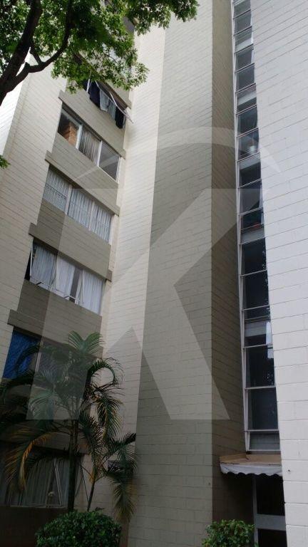 Comprar - Apartamento - Imirim - 2 dormitórios.