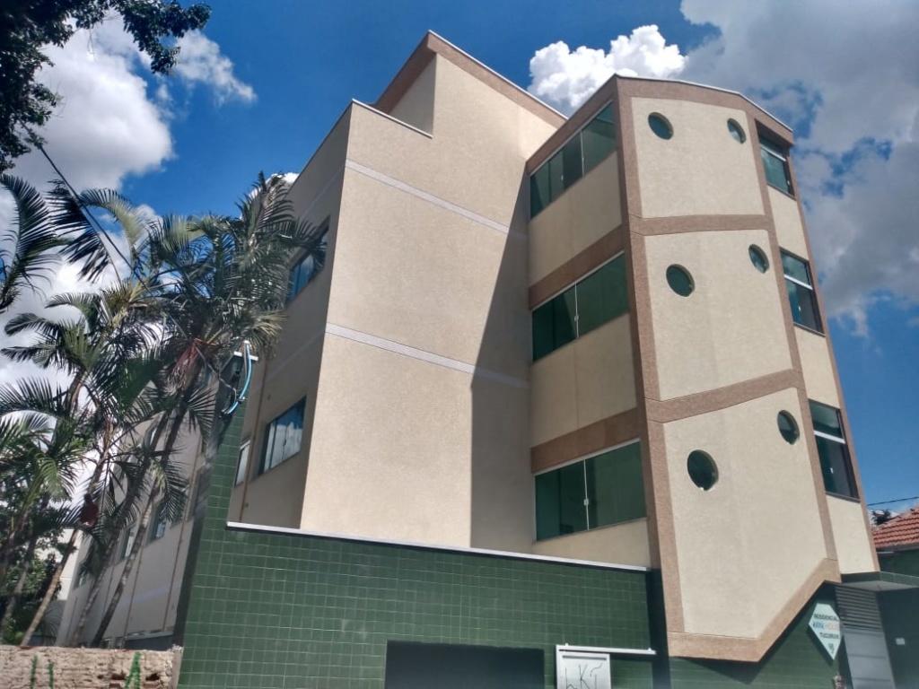 Comprar - Condomínio - Tucuruvi - 0 dormitórios.
