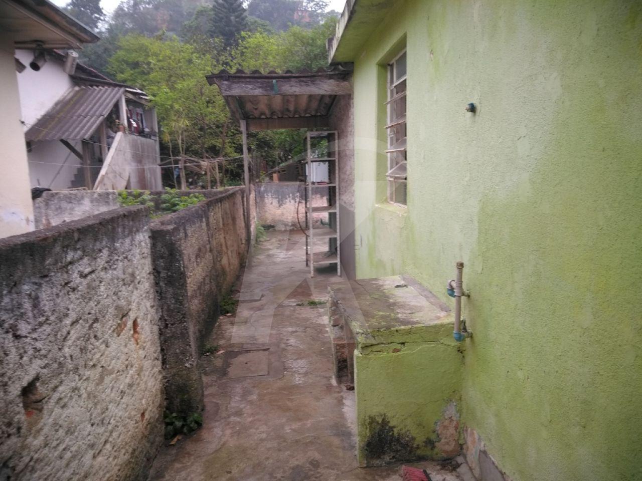 Alugar - Casa  - Vila Nilo - 2 dormitórios.